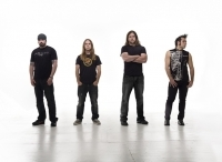 UNEARTH announces new album, tour dates
