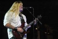 SABATON обявиха името на новия си китарист - ТОМИ ЙОХАНСОН