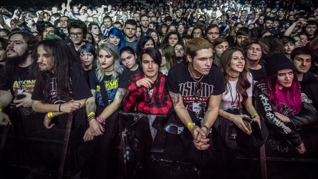 ASKING ALEXANDRIA live in Sofia