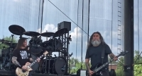 Watch SLAYER Perform LED ZEPPELIN And ZZ TOP Covers During Soundcheck