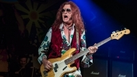 GLENN HUGHES to replace JOHN CORABI and MARCO MENDOZA in THE DEAD DAISIES