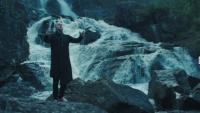 Гледайте епичното ново видео на WARDRUNA - 'Kvitravn'