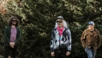 DINOSAUR JR. с първи албум от пет години насам - чуйте първия сингъл