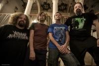 СЛУШАЙ новата песен на NAPALM DEATH - 'Cesspits'